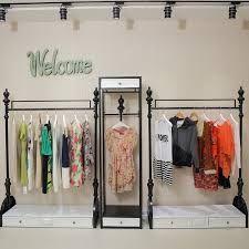 Resultado de imagen para tiendas de ropa estilo vintage minimalista