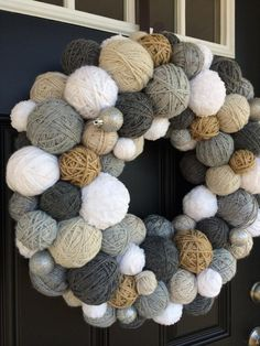 I like this Handmade Winter Yarn Ball Wreath. It looks chic in this color scheme. It might be also good as a wall hanging if you put a mirror in the middle. Scandinavian Christmas Decorations, Silver Christmas Decorations, Silver Ornaments, Homemade Christmas Gifts, Christmas Diy, Styrofoam Ball Crafts, Yarn Ball, Looks Chic, Holiday Wreaths