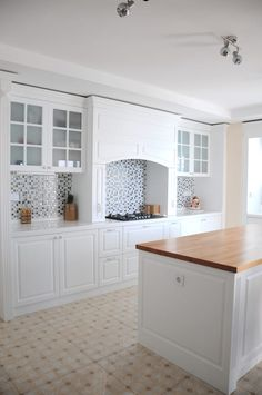 Basit ancak zaman zaman gözden kaçabilen mutfak dekorasyon fikirlerinden bir derleme.