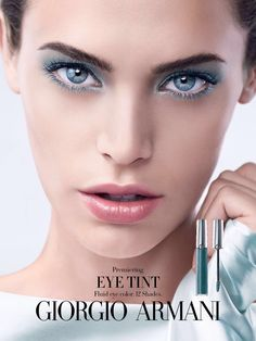 make up time is a moment to make makeup and beauty care. make up tips and make up tutorial will allow to improve your look. Giorgio Armani Beauty, Armani Makeup, Trends 2016, Neue Trends, Bobbi Brown, Armani Cosmetics, Liquid Eyeshadow, Makati, Summer Makeup