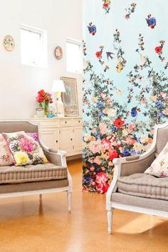 Home: Eleven Cute Floral Rooms  (via BOTANICAL & Floral Love on Pinterest)