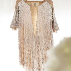 Love the champagne color, love the neckline!! Possible for Seattle Trip?