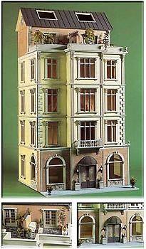 Chessington Plaza by Lawbre Dollhouse Co., finished by My Dollhouse, Inc. located in San Antonio, YX Vintage Dollhouse, Victorian Dollhouse, Dollhouse Dolls, Victorian Homes, Dollhouse Miniatures, Dollhouse Ideas, Vitrine Miniature, Miniature Rooms, Miniature Houses