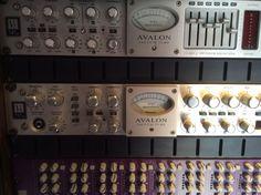 Avalon 747/737