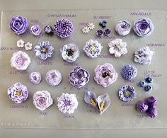 Frosting Flowers, Buttercream Flower Cake, Royal Icing Flowers, Fondant Rose, Fondant Baby, Buttercream Flowers Tutorial, Cake Fondant, Fondant Tutorial, Fondant Flowers