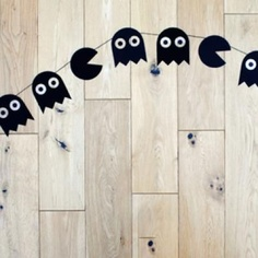 pacman garland (why didn't I think of this?)