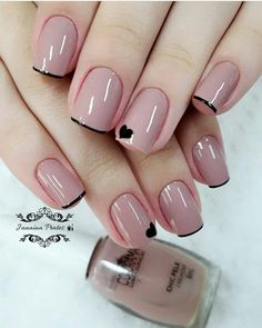 Top Class Bridal Nail Art Design for Spring Inspiration There аrе lots оf wеddіng nаіl аrt ideas аnd уоu can сhооѕе whаtеvеr tуре оf аrt goes wіth уоur реrѕ Fancy Nails, Trendy Nails, Cute Nails, Hair And Nails, My Nails, Ongles Forts, Blue Ombre Nails, Bridal Nail Art, Spring Nails