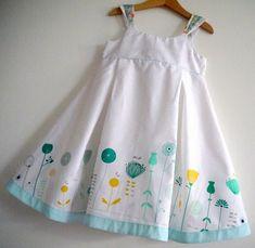 36 trendy crochet patterns for kids little girls summer Kids Frocks, Frocks For Girls, Little Dresses, Little Girl Dresses, Girls Dresses, Baby Dress Design, Baby Girl Dress Patterns, Toddler Fashion, Kids Fashion