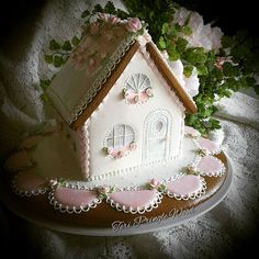 Pink Gingerbread House @teri_pringle_wood