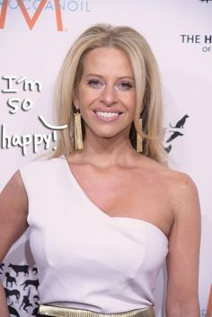Dina Manzo Has A New Man-ZO! Get The Scoop On Her New Love Interest HERE!
