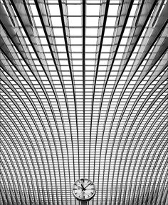 The clock: Photo by Photographer Jef Van den Houte Line Photography, People Photography, Inspiring Photography, Good Quotes For Instagram, Architectural Section, Black And White Lines, Fade To Black, Wonderful Images, Textures Patterns