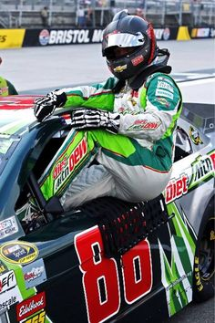 Dale Earnhardt Jr Strapping Into His Mountain Dew Chevrolet In Nascar Race Cars, Nascar Sprint Cup, Daytona 500 Winners, The Intimidator, Kyle Busch, Dale Earnhardt Jr, Sports Memes, A Team, Mountain Dew