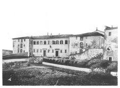 Il vecchio Manicomio di S. Niccolò (ante 1870). Prospetto principale verso Via di Porta Romana.