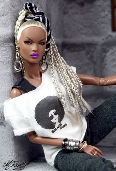 Hey precious, Own your swag with God in heaven he will keep ya humble. African Dolls, African American Dolls, Beautiful Barbie Dolls, Pretty Dolls, Afro, Fashion Royalty Dolls, Fashion Dolls, Diva Dolls, Jolie Lingerie