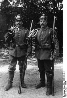 WWi Twin brothers as hornist in the same regiment. They serve as a signal trumpet in the same company of a Bavarian Infantry Regiment.