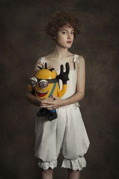 Ein Fotoprojekt zwischen Renaissance und Popkultur von Romina Ressia #art #photography #minion