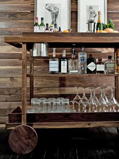 Rustic Bar Cart Ideas Can Furniture Style Be Both Modern And Rustic This Wooden Bar Cart Could Probably Qualify As Both The Clean Lines With No Curves A Middle Shelf And The Home Furniture Gallery Che Mini Bars, Bar Cart Styling, Bar Cart Decor, Traditional Bar Carts, Bandeja Bar, Gold Bar Cart, Vintage Bar Carts, Wooden Bar, Bars For Home