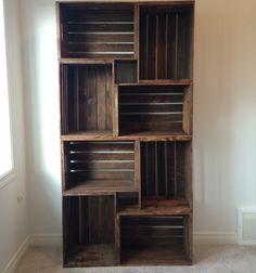 DIY crate bookshelf // Könyvespolc régi fa ( gyümölcsös ) ládákból // Mindy - craft tutorial collection