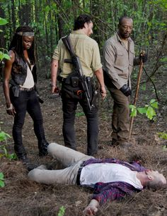 Michonne,Rick and Morgan in 'The Walking Dead' Season 6 Episode 1 Walking Dead Season 6, The Walking Dead 2, Best Tv Shows, Best Shows Ever, Steven Yuen, Sci Fi Horror Movies, Best Zombie, Z Nation, Daryl Dixon