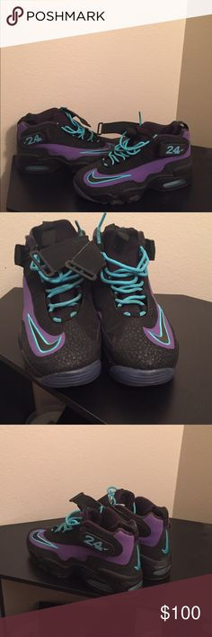 Worn once Ken Griffey Nike Ken Griffey Nike worn once size 10 Nike Shoes Sneakers