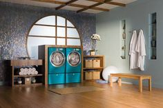 This is the coolest laundry room ever also all Electrolux appliances. This washer and dryer can do a load of laundry in 30 mins total!