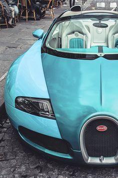 carbonandfiber:  Bugatti Veyron