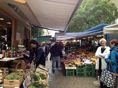 Wir haben ja schon einige unserer Städtetipps preisgegeben: Melanies Tipps für Sydney, der coole Artikel unserer Gastautorin Andrea über Istanbul oder unsere Dubai Tipps. Und jetzt ist Sonjas Lieblingsstadt an der Reihe: Wien! Wirklich immer eine Reise wert.