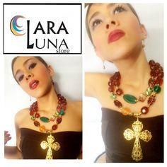 Luce diferente, bella, única... Con tus accesorios #ClaraLunaStore #MujeresModernas #hechoamano #Necklace #Design
