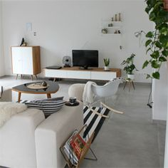 Inspiring interior for anyone who wants to build the house of their dreams. Modern scandinavian interior (via Dekotante) in German