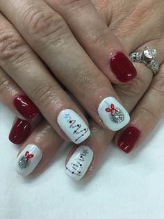 19 Ideas Nails Gel Red Christmas Trees For 2019 - Christmas nails Christmas Tree Nail Designs, Christmas Gel Nails, Holiday Nails, Christmas Trees, Christmas Present Nail Art, Frozen Christmas, Christmas Quotes, Xmas Tree, Simple Christmas
