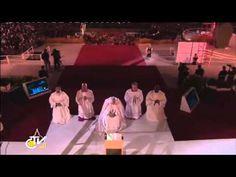 ▶ Matt Maher - Lord I Need You - World Youth Day (WYD) Rio 2013 Adoration Vigil - YouTube