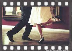 mit diesem beschwingten Bild, das Lust auf Tanzen macht, verabschieden wir uns…