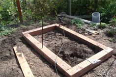Are you planning to build raised beds this season? This blog post about making a Gopher/Mole/Vole proof raised bed may be of interest to you.