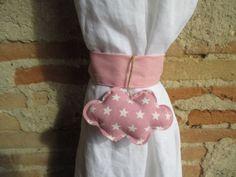 Embrasse nuage pour rideau en tissu rose en forme de nuage : Accessoires de maison par les-voilages-de-caroline