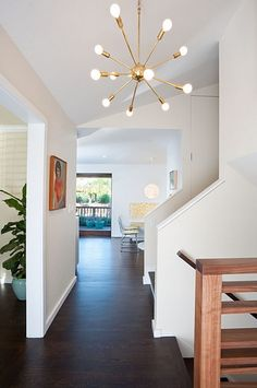 Moraga Residence - modern - entry - other metro - Jennifer Weiss Architecture Modern Entry, Mid-century Modern, Modern Hallway, Modern Spaces, Modern Table, Style At Home, Mid Century Light Fixtures, Modern Baseboards, Sputnik Chandelier
