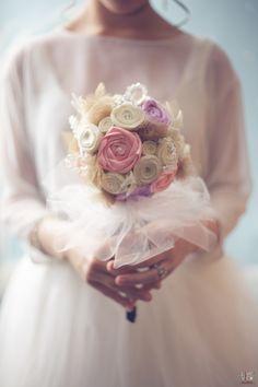 diy bridal bouquet, vintage felt flowers