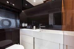 Riva 56 Rivale - Interior - Bathroom