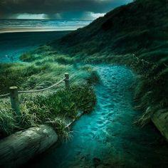 Ocean Dusk, Auckland, New Zealand. Passage at dusk to the sea. Beautiful World, Beautiful Places, Beautiful Pictures, Beautiful Dream, Beautiful Scenery, Amazing Photos, Amazing Places, Night Photography, Landscape Photography