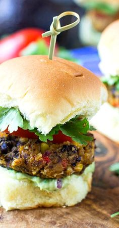 -Black Bean Sliders with creamy avocado sauce. A great vegetarian ...