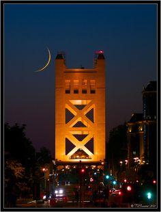 Tower Moon - Bridge over Sacramento River Sacramento California, Sacramento Valley, California Dreamin', Northern California, West Sacramento, Beach Trip, Beach Travel, Travel Usa, Empire State Building