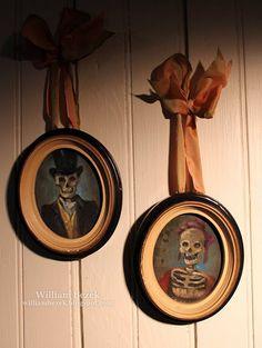 Haunted portraits {William Bezek} #HalloweenDecor