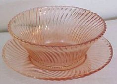 Diana            Manufacturer: Federal Glass Company             Dates Manufactured: 1937 to 1941