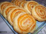 Spirale cu Dovleac si Cocos Romanian Food, Just Desserts, Healthy Recipes, Healthy Foods, Sweet Tooth, Sugar, Bread, Cookies, Kitchen Island