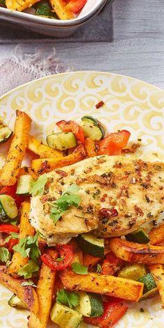 """Das Chimichurri Hähnchen von unserer Bloggerin Susanne sorgt für köstliche Abwechslung in der Küche. Mit frischen Süßkartoffeln und einem Würz-Mix aus der """"Ideen vom Wochenmarkt""""-Reihe nach argentinischer Art wird das saftige Hähnchenbrustfilet besonders lecker!"""
