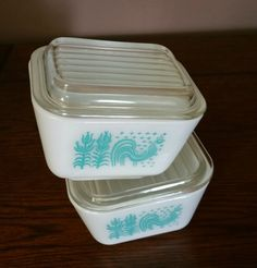 Vintage 1950s Amish Butterprint Pyrex Covered Dish Refrigerator Set, 1950s Pyrex Refrigerator Set with Lids, Pyrex Butterprint Dish Set by EmptyNestVintage on Etsy