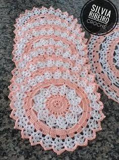 Crochet Crafts, Crochet Doilies, Crochet Flowers, Crochet Projects, Crochet Stitches Patterns, Stitch Patterns, Knitting Patterns, Cross Stitch Fruit, Crochet Baby