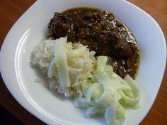 Pittige indische rundvleesstoofpot (ook voor de slowcooker ) Cucumber Dressing, Nasi Goreng, Indonesian Food, Instant Pot Pressure Cooker, Asian Recipes, Love Food, Slow Cooker, Curry, Paleo