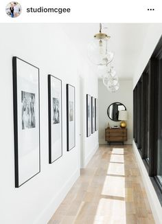 Studio McGee Gives a Utah Mountain Home a Modern Edge - Couloir Hallway Art, Modern Hallway, Hallway Walls, Hallway Lighting, Hallway Ideas, Entryway Ideas, Upstairs Hallway, Hallway Mirror, Entrance Lighting