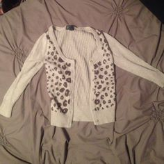 Grey Cheetah AE cardigan Worn, still in very good condition American Eagle Outfitters Sweaters Cardigans