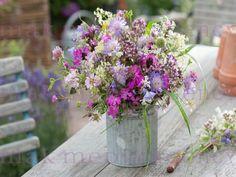 Wild Bouquet Source by Herb Wedding, Garden Wedding, Dream Wedding, Wedding Bouquets, Wedding Flowers, Diy Wedding Decorations, Wedding Ideas, Wild Flowers, Floral Arrangements